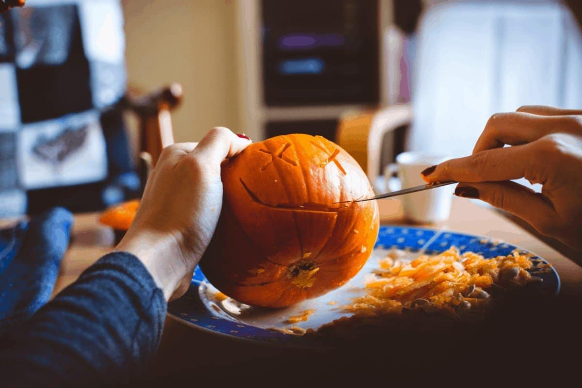 How to Preserve a Pumpkin After Carving
